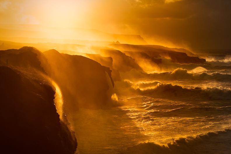 giant_storm_doolin_cliffs