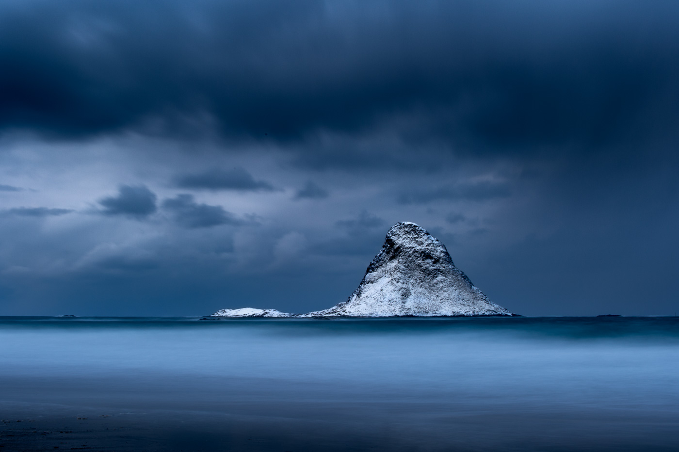 puffin island winter storm norway
