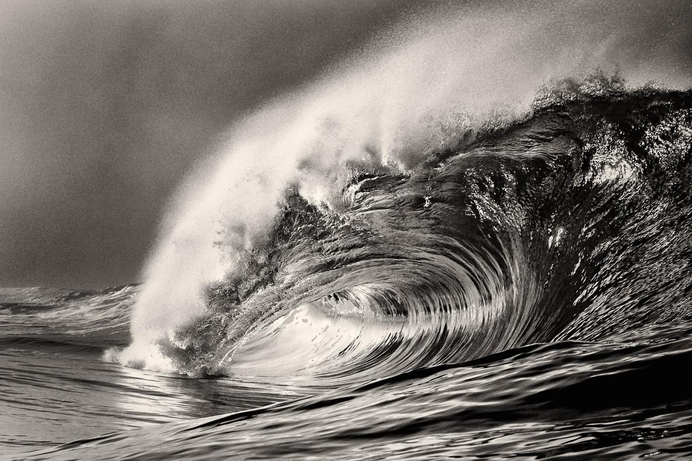 beautiful heavy wave ireland black and white
