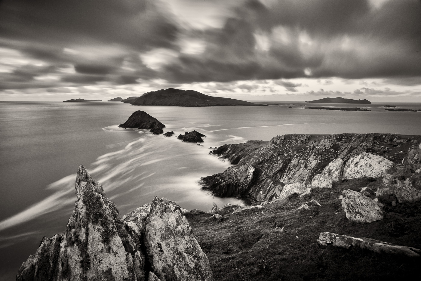 dingle ireland black and white
