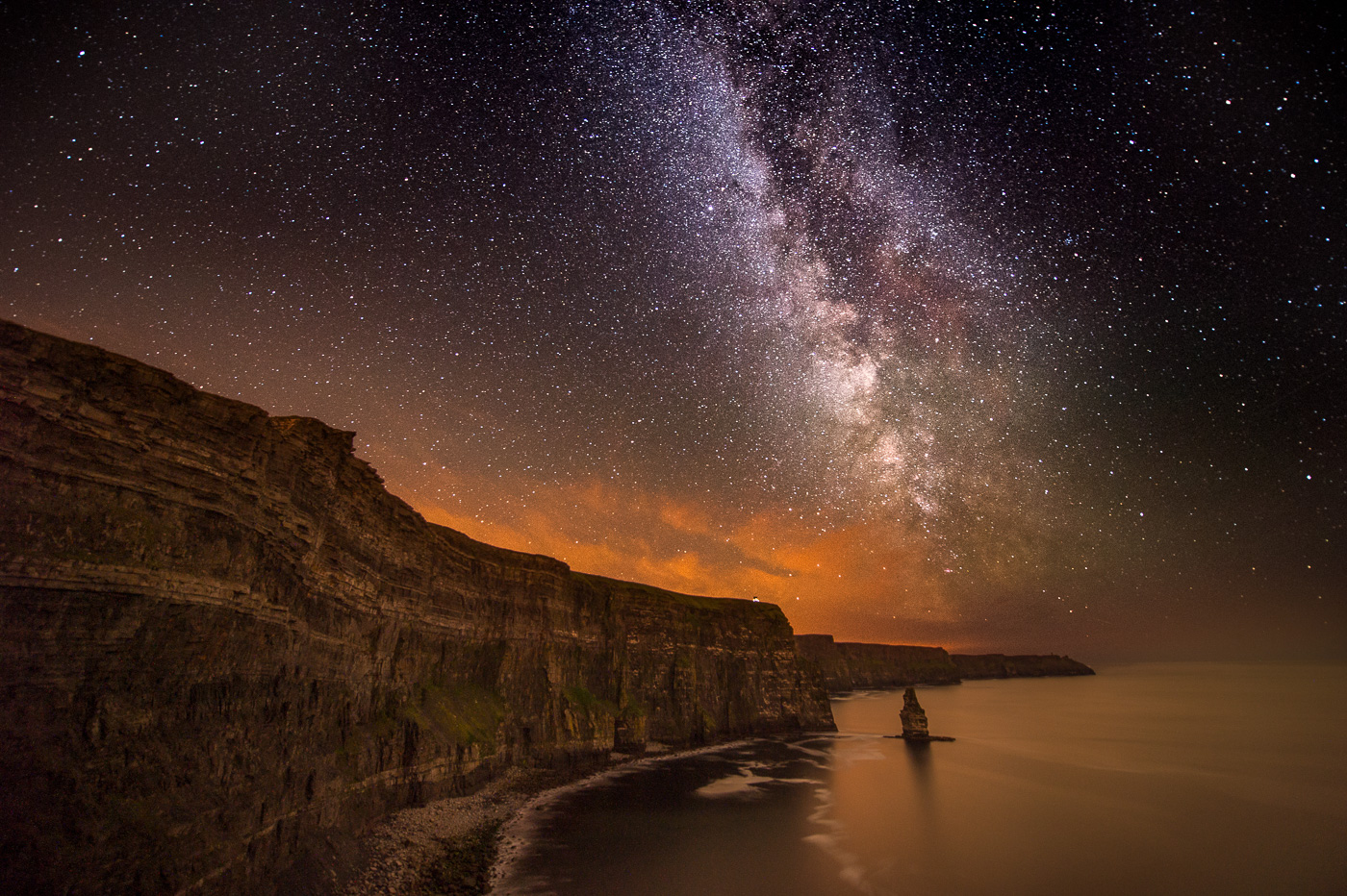 milky way over the cliffs of moher