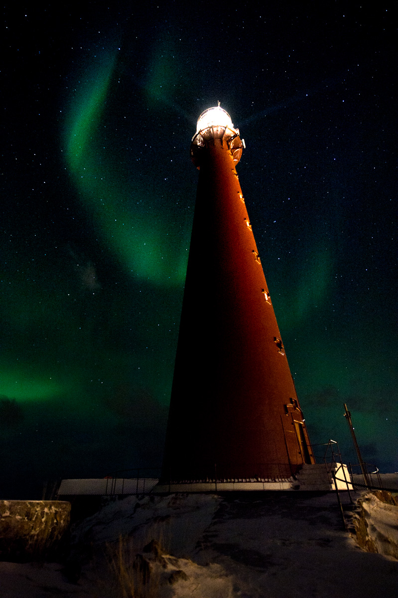 andenes_lighthouse_northern_light_norway
