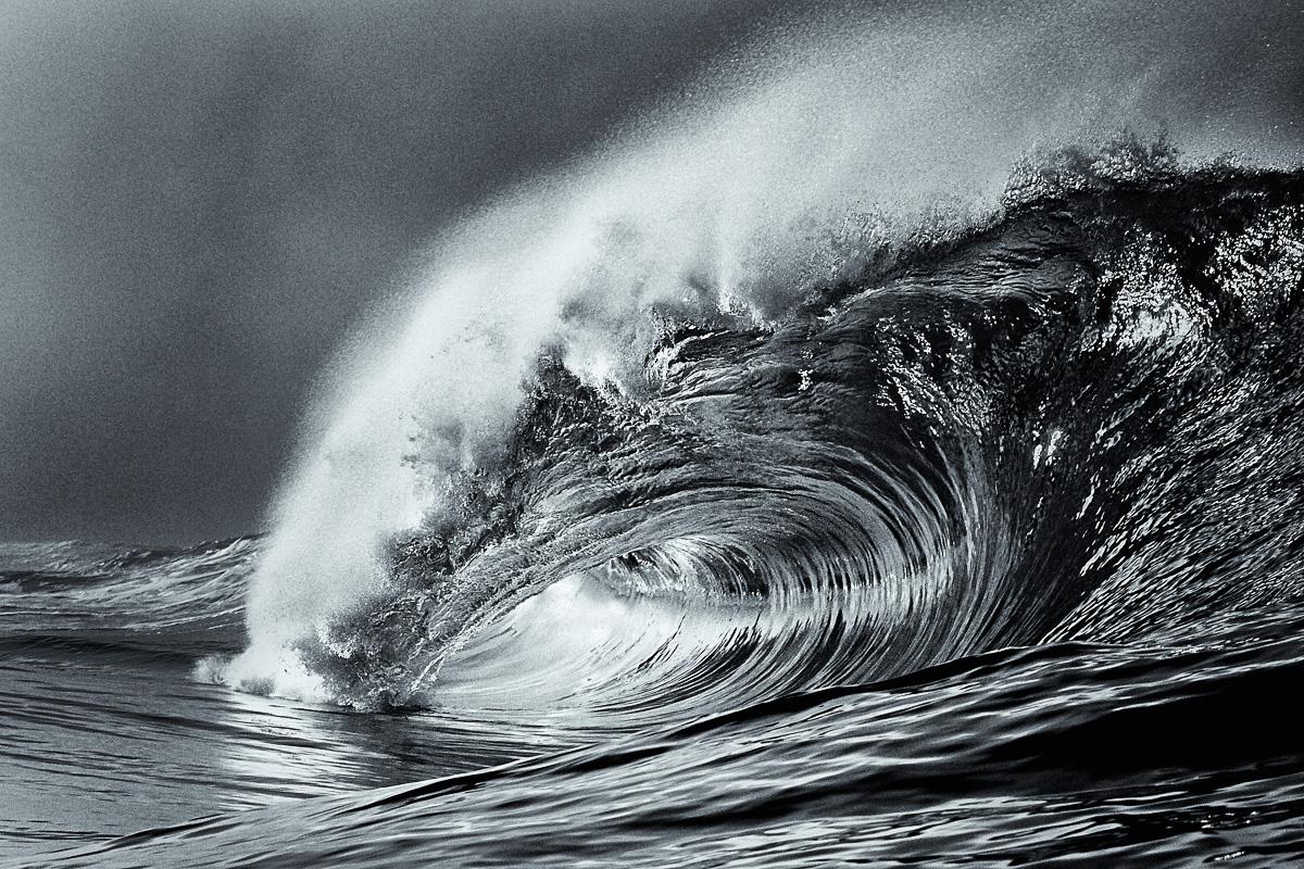 beautiful wave north atlantic ireland