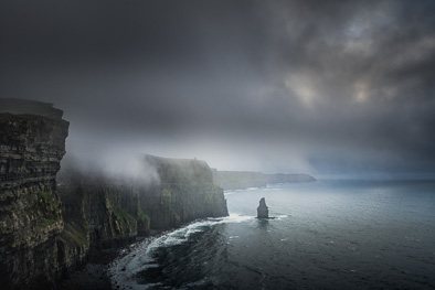 dramatic cliffs of moher photos