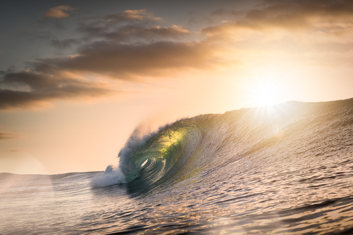 Ireland winter wave