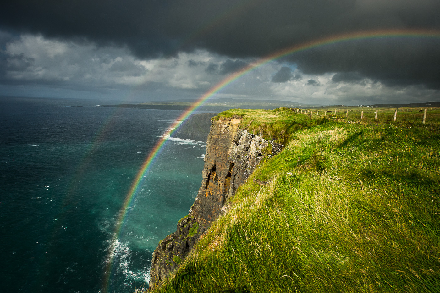 rainbow_over_cliffs_of_moher